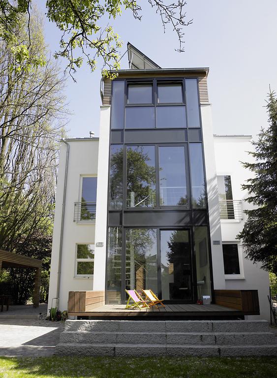 Wohnhaus mit b ro altbau sch ner wohnen for Schaukelstuhl umbau