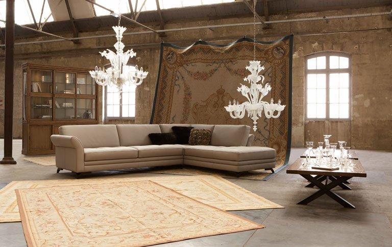 roche bobois er ffnet flagship store in hamburg sch ner wohnen. Black Bedroom Furniture Sets. Home Design Ideas