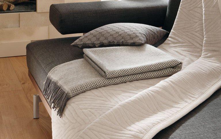 joop living mit neuer decken kollektion news sch ner wohnen. Black Bedroom Furniture Sets. Home Design Ideas