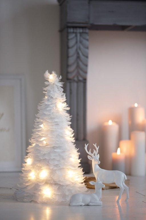 waldspaziergang puristischer holzbaum von ferm living. Black Bedroom Furniture Sets. Home Design Ideas