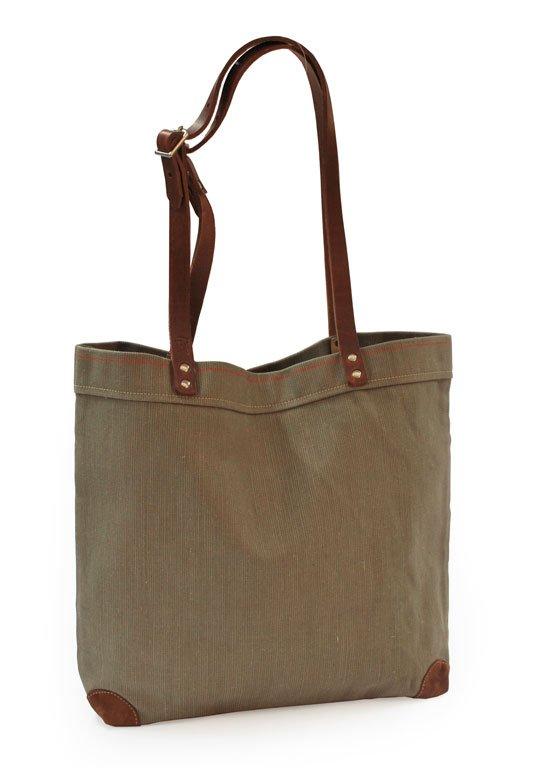 segeltuch einkaufstasche von hack die sandfarbene einkaufstasche aus segeltuch hat jede menge. Black Bedroom Furniture Sets. Home Design Ideas