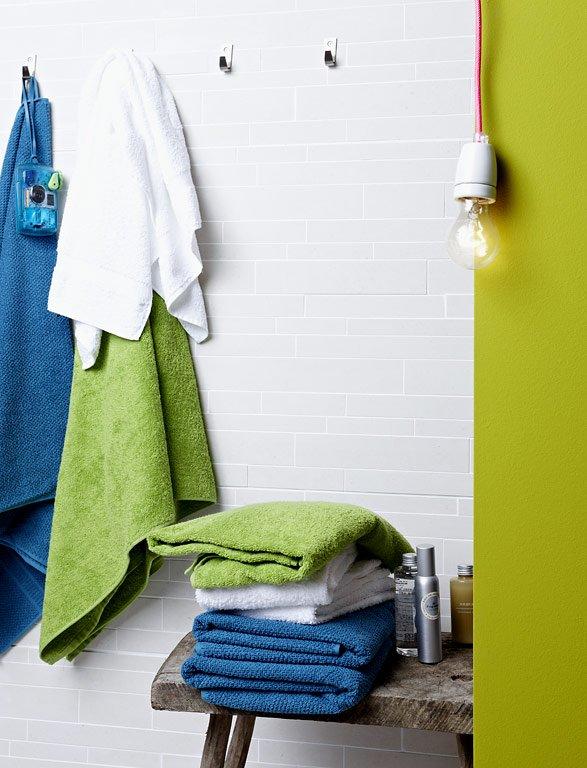 Dezente Fliesen für die Badezimmerwand - Bild 9 - [SCHÖNER WOHNEN]