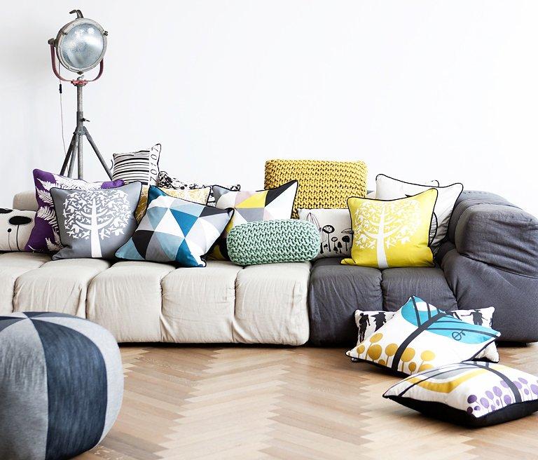 kissen sind eine allzweckwaffe das 1x1 des dekorierens 11 sch ner wohnen. Black Bedroom Furniture Sets. Home Design Ideas