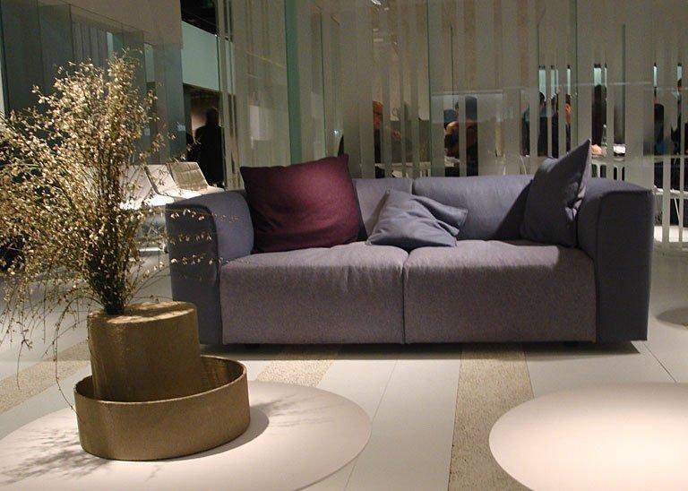 fotostrecke taupe zu burgund und grau bei mdf italia bild 15 sch ner wohnen. Black Bedroom Furniture Sets. Home Design Ideas