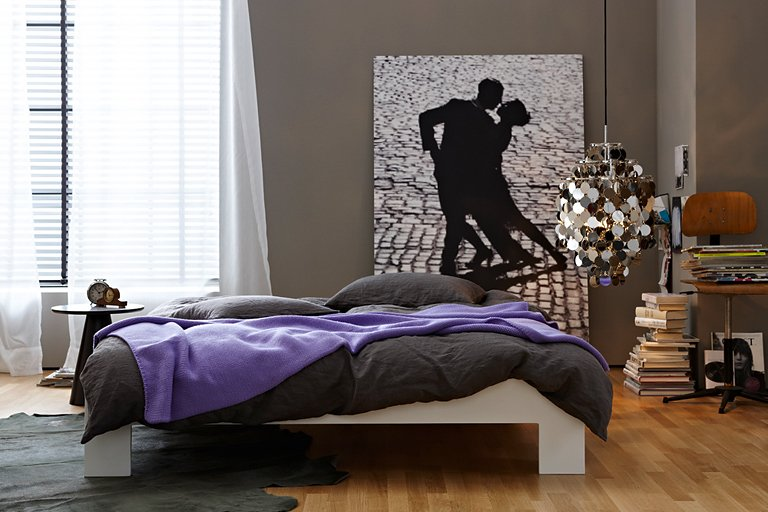 inspiration zeitlos dunkles grau zu violett und. Black Bedroom Furniture Sets. Home Design Ideas