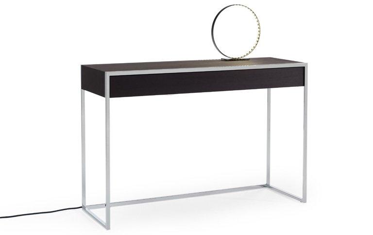 konsolentisch mit stromanschluss sch ner wohnen. Black Bedroom Furniture Sets. Home Design Ideas