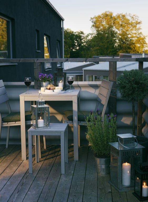 terrasse balkon die kompakte seite des sommers. Black Bedroom Furniture Sets. Home Design Ideas