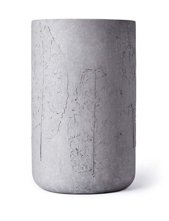 fotostrecke m bel leuchten und accessoires aus beton. Black Bedroom Furniture Sets. Home Design Ideas