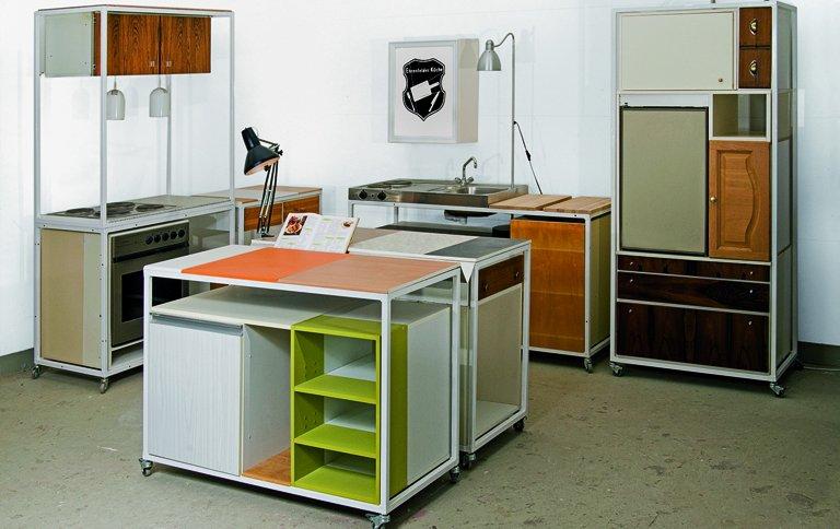 alte m belst cke werden zur ehrenfelder k che sch ner. Black Bedroom Furniture Sets. Home Design Ideas