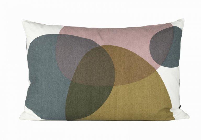 kissen f r jeden stil sch ner wohnen. Black Bedroom Furniture Sets. Home Design Ideas