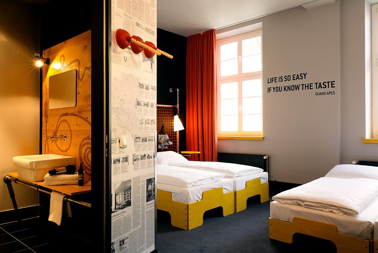 fotostrecke zu gast im loft design hostel superbude bild 8 sch ner wohnen. Black Bedroom Furniture Sets. Home Design Ideas