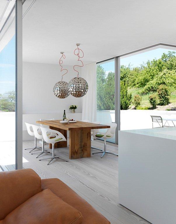 haus des jahres 2012 - 3.platz: weiße villa im bauhaus-stil, Hause deko