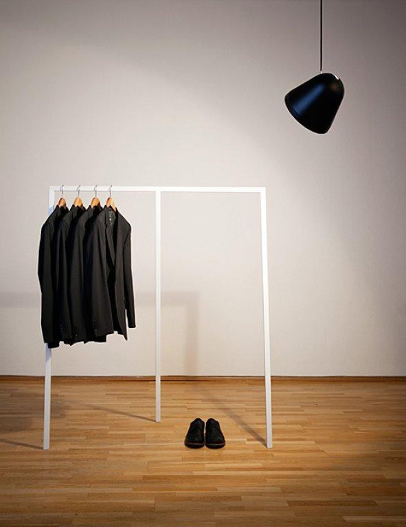 do it yourself kleiderstange walden von ekomia kleiderstangen und wie man sie inszeniert 4. Black Bedroom Furniture Sets. Home Design Ideas
