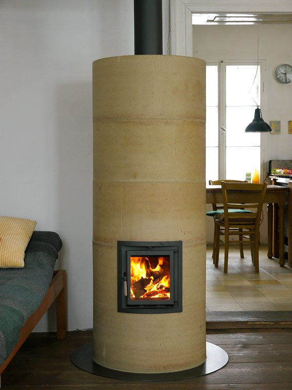 feuer s ule kamin rondo von rondolino bild 38 sch ner wohnen. Black Bedroom Furniture Sets. Home Design Ideas