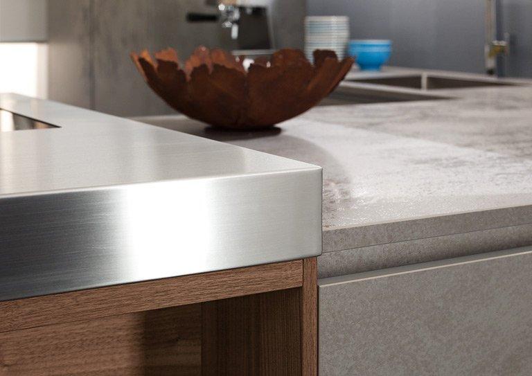 Trend: Materialien: Glas & Keramik für die Küche - [SCHÖNER WOHNEN]