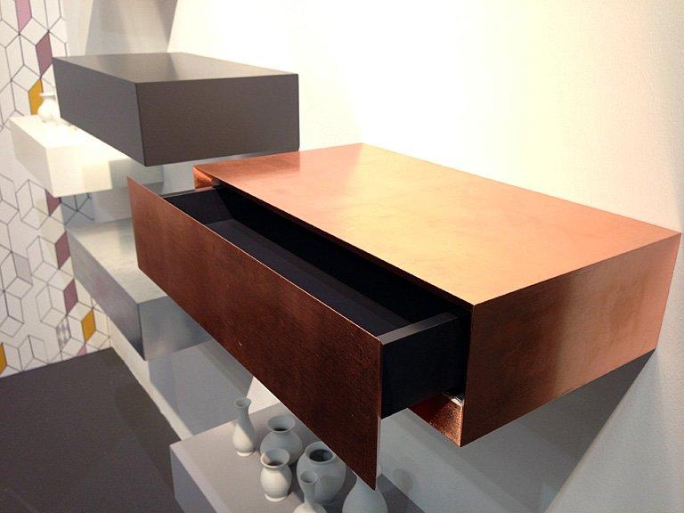 Einrichten: Moderne Kleinmöbel für die Wand - [SCHÖNER WOHNEN]