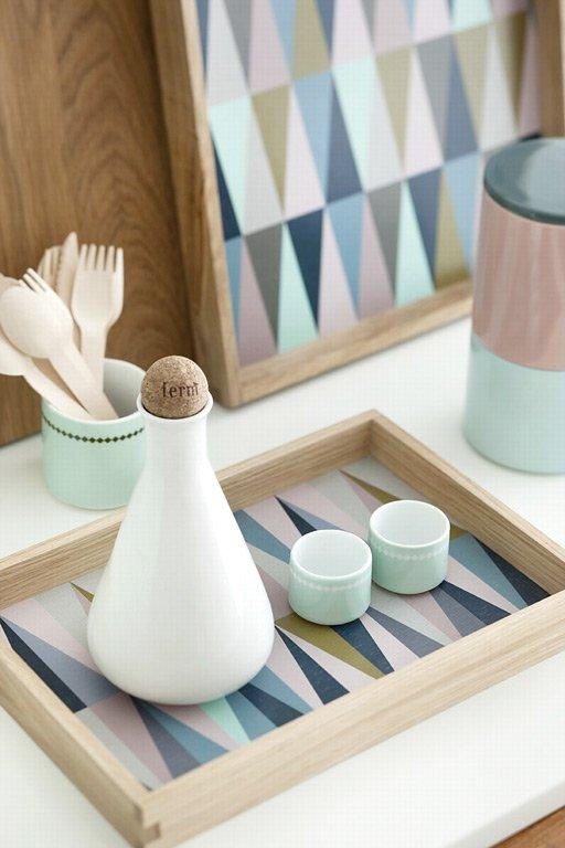 sanfte farben tablett spear tray von ferm living bild 22 sch ner wohnen. Black Bedroom Furniture Sets. Home Design Ideas