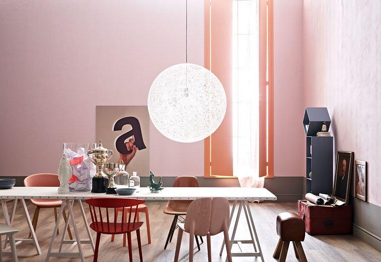 f r mutige einen raum in der trendfarbe rosa einrichten die rosafarbene wandfarbe haben wir mit. Black Bedroom Furniture Sets. Home Design Ideas