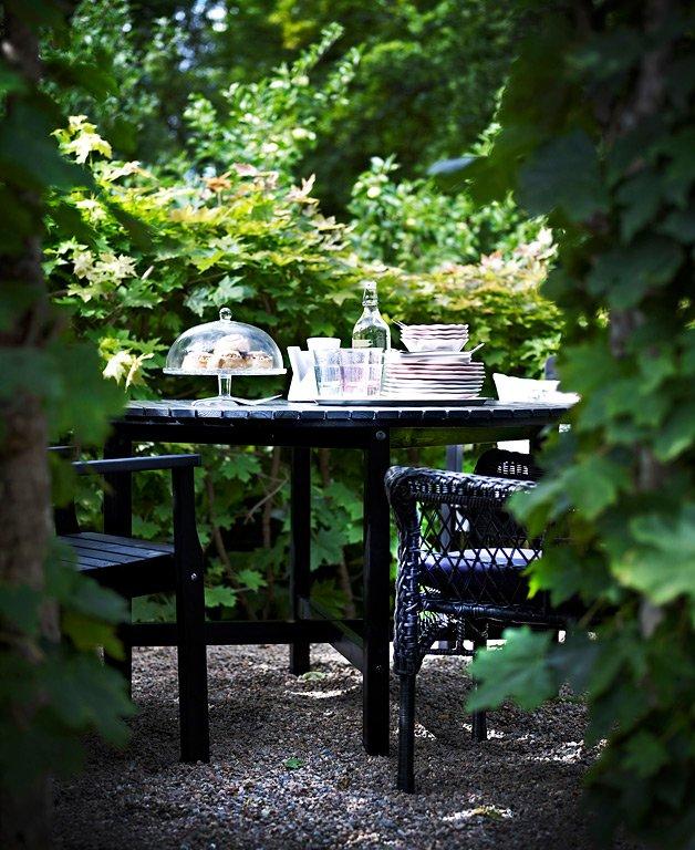 Mit grünen hecken eine lauschige ecke schaffen um kleine gärten