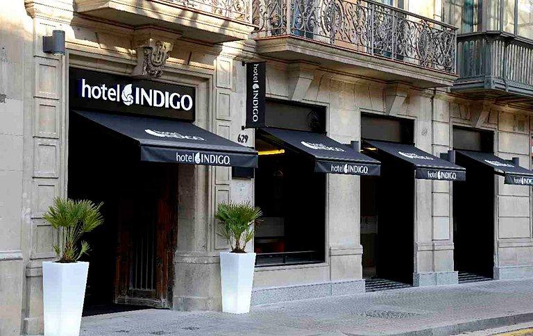 von antoni gaudi inspiriertes hotel indigo in barcelona sch ner wohnen. Black Bedroom Furniture Sets. Home Design Ideas