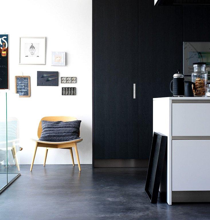 f r zaghafte schrank statt wand schwarz streichen bild 14 sch ner wohnen. Black Bedroom Furniture Sets. Home Design Ideas