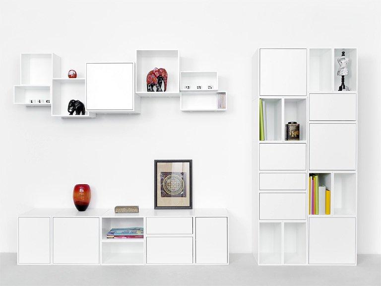 Wanddeko regale garderoben variabel regalsystem cubit for Ikea wanddeko