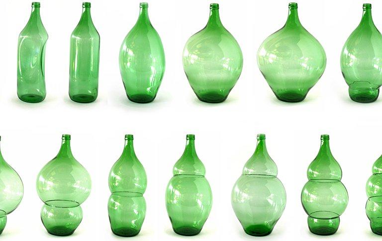 vasen bottles aus eingeschmolzenem altglas sch ner wohnen. Black Bedroom Furniture Sets. Home Design Ideas