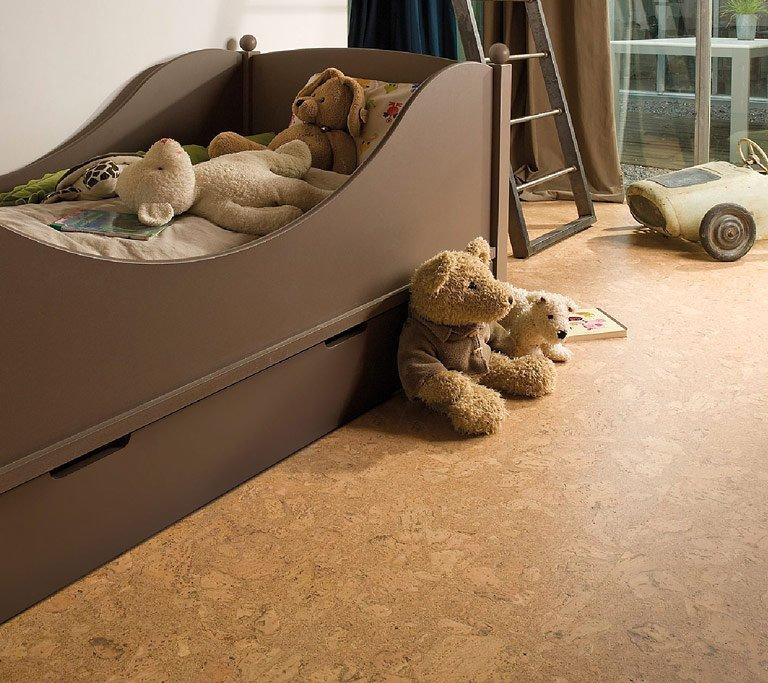 korkboden kinderzimmer haus deko ideen. Black Bedroom Furniture Sets. Home Design Ideas
