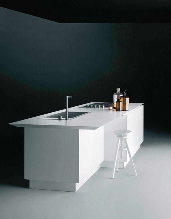 Küchen, die sich schlank machen: Schwebendes Sideboard ...