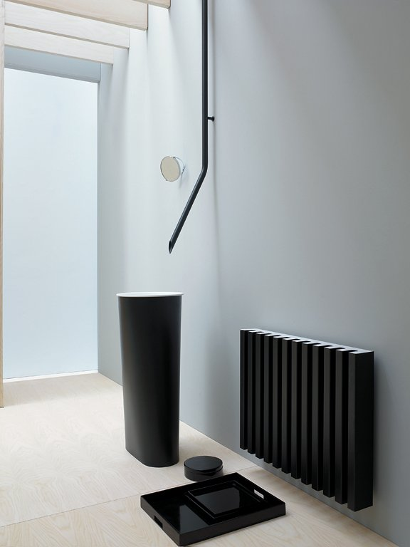 fotostrecke minimalist heizk rper soho von tubes. Black Bedroom Furniture Sets. Home Design Ideas