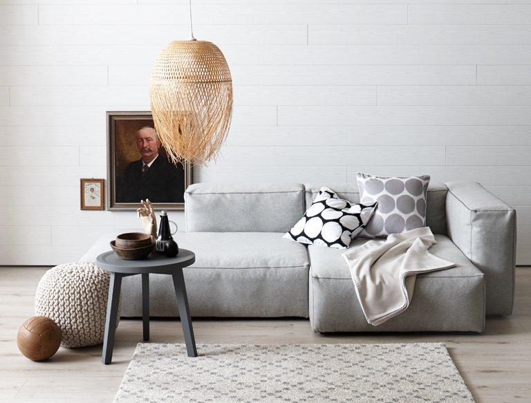 bilder niedriger h ngen die 35 besten wohntipps aller zeiten 24 sch ner wohnen. Black Bedroom Furniture Sets. Home Design Ideas
