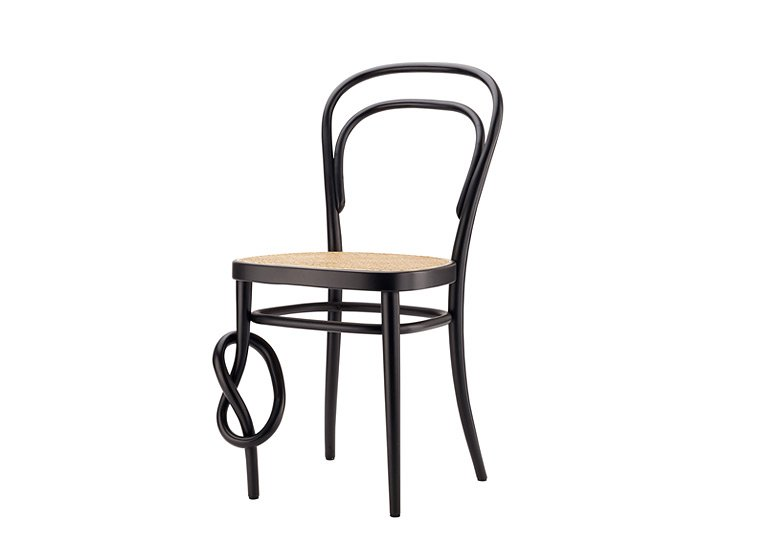 ausstellung sitzen liegen schaukeln zu m beln von thonet tipp des tages sch ner wohnen. Black Bedroom Furniture Sets. Home Design Ideas