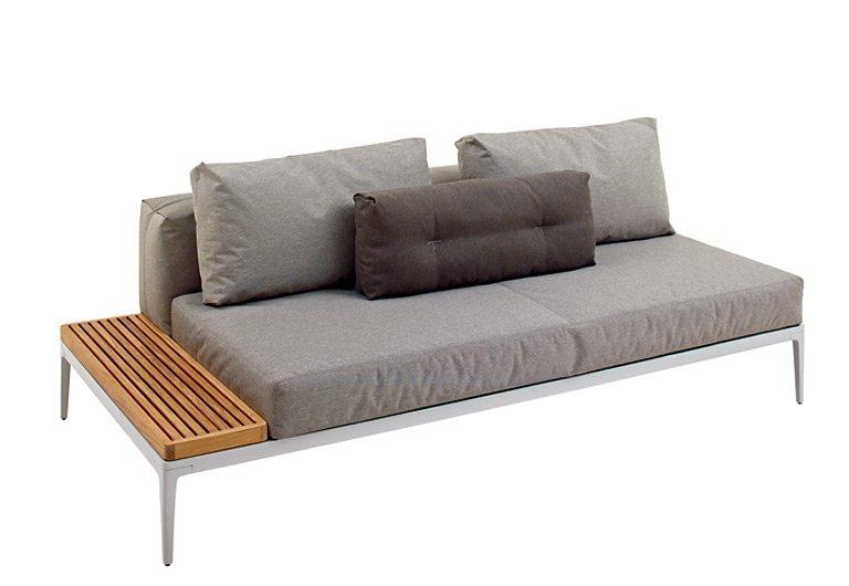 gem tlich the grid von gloster platzsparende und sch ne balkonm bel 1 sch ner wohnen. Black Bedroom Furniture Sets. Home Design Ideas