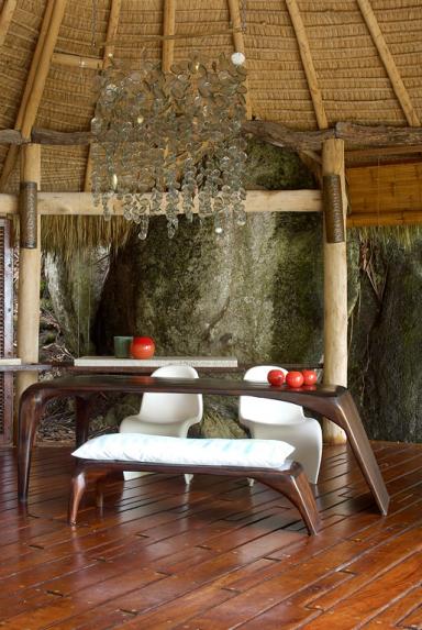 fotostrecke tropisches flair f r design klassiker bild 5 sch ner wohnen. Black Bedroom Furniture Sets. Home Design Ideas