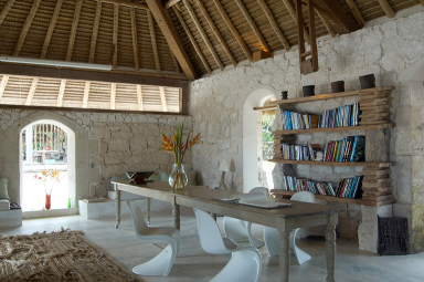 fotostrecke design klassiker in der bibliothek bild 9 sch ner wohnen. Black Bedroom Furniture Sets. Home Design Ideas