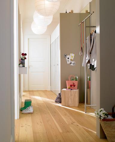 die 15 besten wohntipps f r den flur sch ner wohnen. Black Bedroom Furniture Sets. Home Design Ideas