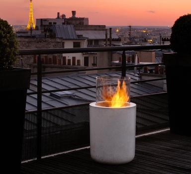 lagerfeuer romantik f r den balkon bild 12 sch ner wohnen. Black Bedroom Furniture Sets. Home Design Ideas