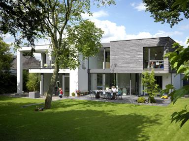 3 platz einfamilienhaus aus zwei quadern sch ner wohnen for Modernes haus 140 qm