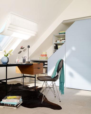 Dusche Schrage Vorhang : Die besten wohntipps für räume mit dachschrägen stauraum