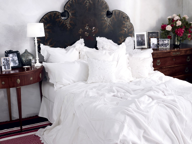 home collections bettw sche in klassischem wei bild 15 sch ner wohnen. Black Bedroom Furniture Sets. Home Design Ideas