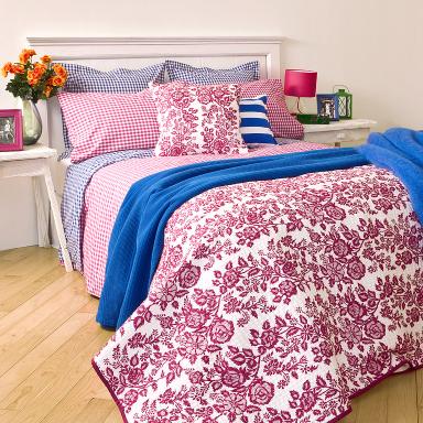 home collections bettw sche mit vichymuster bild 21. Black Bedroom Furniture Sets. Home Design Ideas