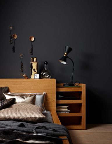schlafzimmer in warmem anthrazit einrichten mit. Black Bedroom Furniture Sets. Home Design Ideas
