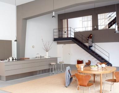 architektenh user orgelempore als treppenhaus bild 2. Black Bedroom Furniture Sets. Home Design Ideas