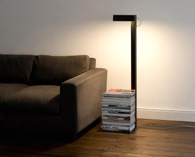 leseleuchte left or right von konstantin slawinski bild 50 sch ner wohnen. Black Bedroom Furniture Sets. Home Design Ideas