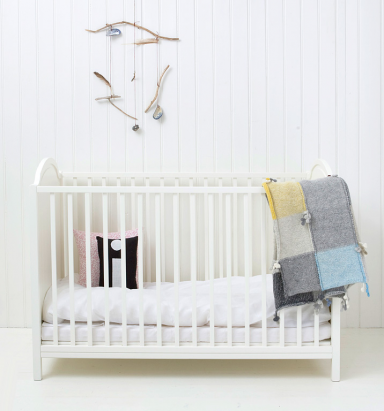 babybett nach traditionellem vorbild babybetten f r jeden wohnstil 6 sch ner wohnen. Black Bedroom Furniture Sets. Home Design Ideas