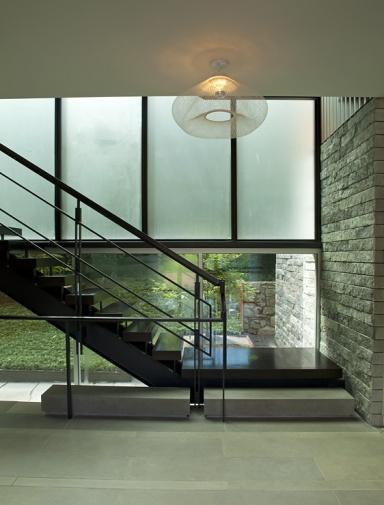 architektenh user puristischer flur bild 8 sch ner. Black Bedroom Furniture Sets. Home Design Ideas