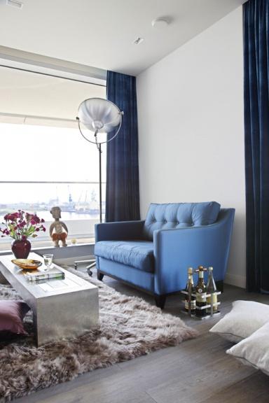 fotostrecke wohnen mit fell sch ner wohnen. Black Bedroom Furniture Sets. Home Design Ideas