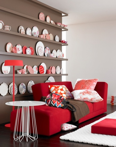 sch ner kontrast taupe mit rot und wei bild 13 sch ner wohnen. Black Bedroom Furniture Sets. Home Design Ideas