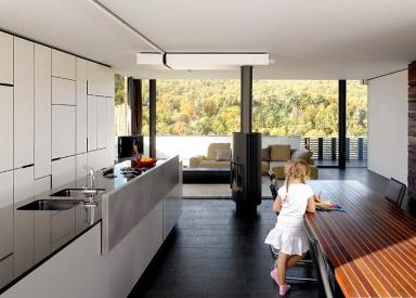 kaminofen verbindet wohn und essbereich bild 5 sch ner wohnen. Black Bedroom Furniture Sets. Home Design Ideas