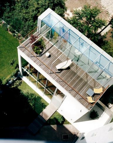 hinterhofhaus mit gro er dachterrasse sch ner wohnen. Black Bedroom Furniture Sets. Home Design Ideas